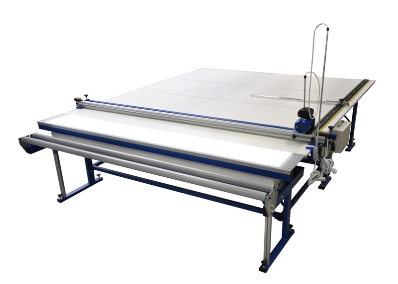 Cutting table for roller blinds UK-1 MAX (with tabletop illumination) Image
